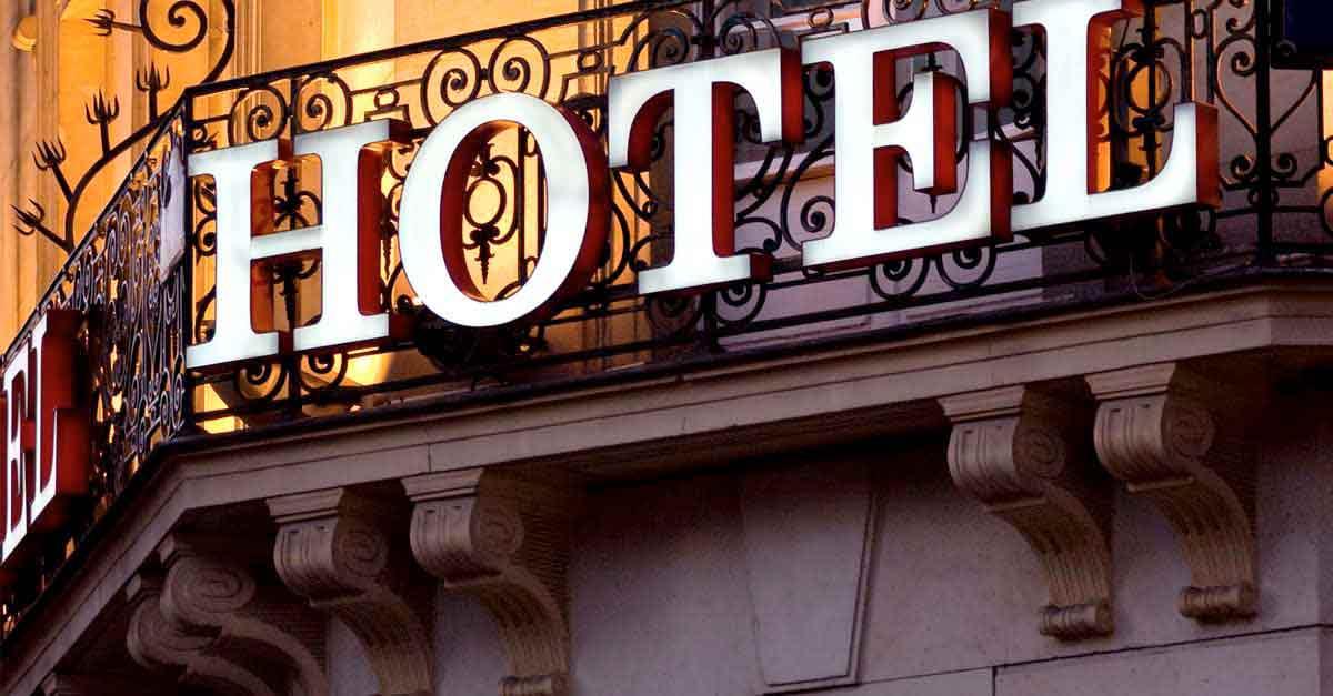 hotel travel umrah jakarta